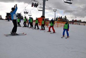 ferie zimowe obóz narciarski