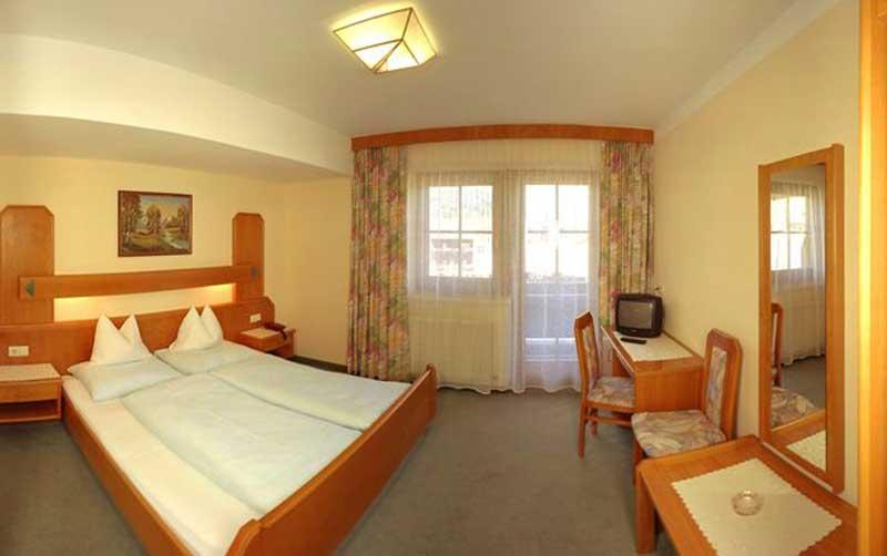 hotel-Alpenland-pokoj3-ferie-zimowe