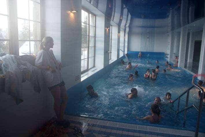 ferie zimowe ośrodek z basenem obóz narciarski